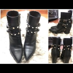 Valentino Black Leather Rockstud Booties Size 7